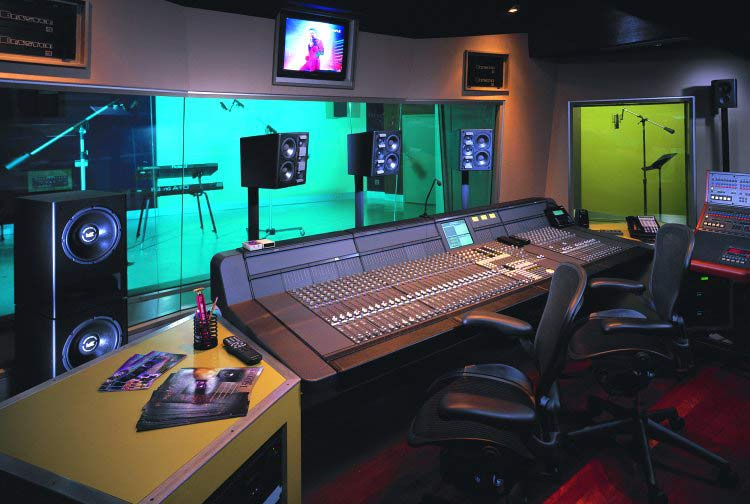Studio Facilities – Multimedia Producer